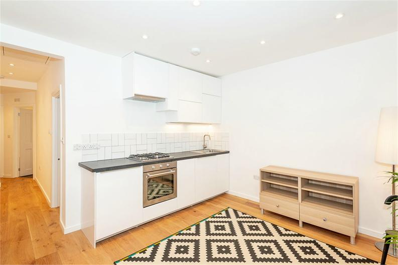 2 bedroom(s) apartment to sale in Third Avenue, London-image 3