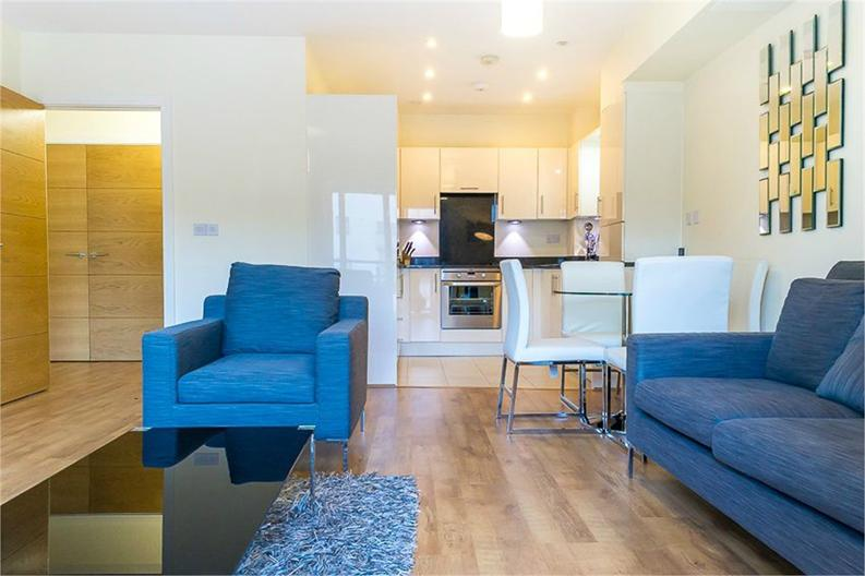 1 bedroom(s) apartment to sale in Braham Court, Blagrove Road, Teddington, Greater London-image 2