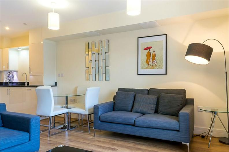 1 bedroom(s) apartment to sale in Braham Court, Blagrove Road, Teddington, Greater London-image 6