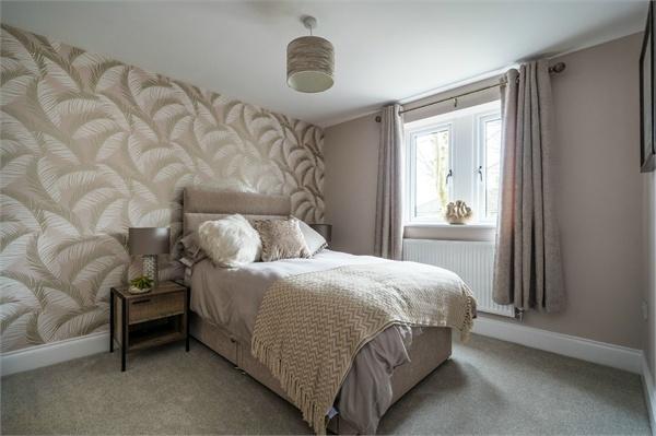 Apt 2, The Ivy, Hollinwood Close, Moorhead, Shipley
