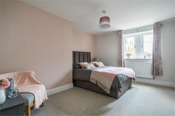 Apt 3, The Ivy, Hollinwood Close, Moorhead, Shipley