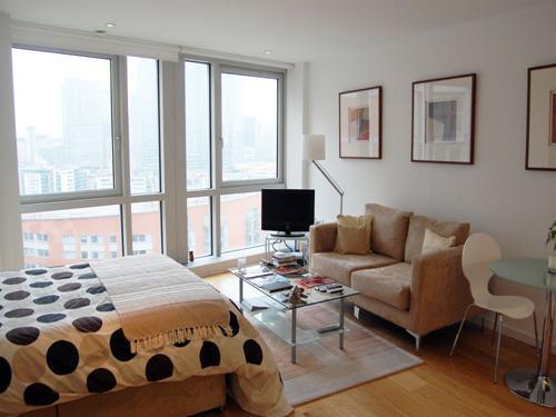 Ontario Tower,  4 Fairmont Avenue,  Canary Wharf,  London,  E14 9JB