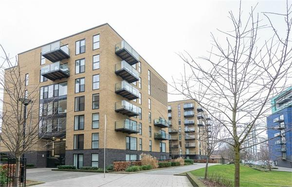 1 bedroom(s) apartment to sale in Augustine House, 72-78 Conington Road, Lewisham-image 8
