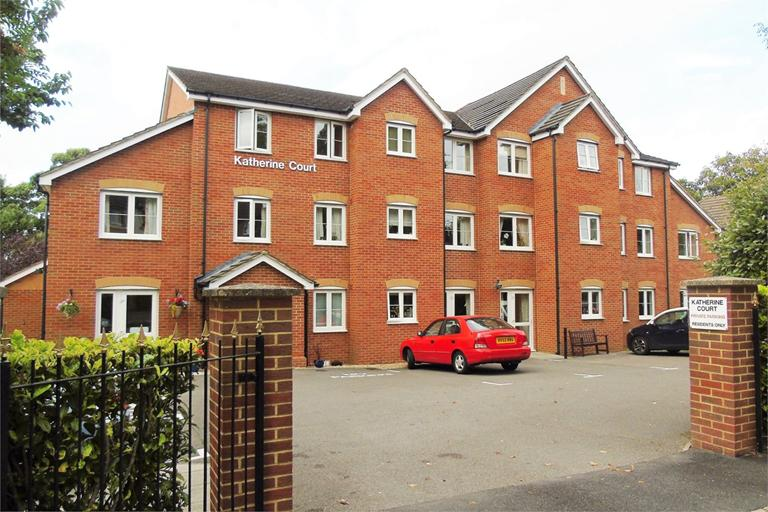 CAMBERLEY, £125,000