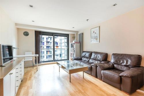 41 Millharbour,  Canary Wharf,  London,  E14 9NB