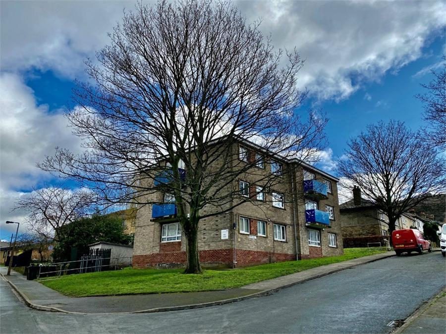 Hall Lane, SHIPLEY, West Yorkshire
