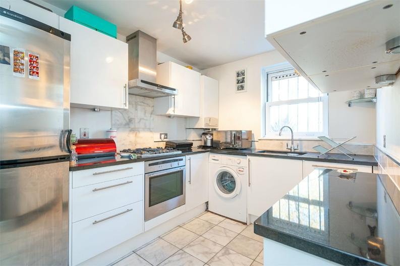 1 bedroom(s) apartment to sale in 5a Rotherfield Street, London-image 3