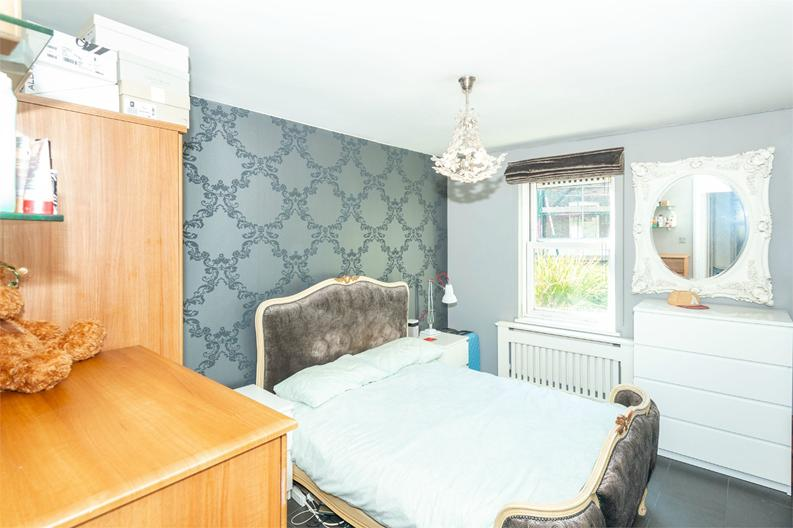1 bedroom(s) apartment to sale in 5a Rotherfield Street, London-image 5