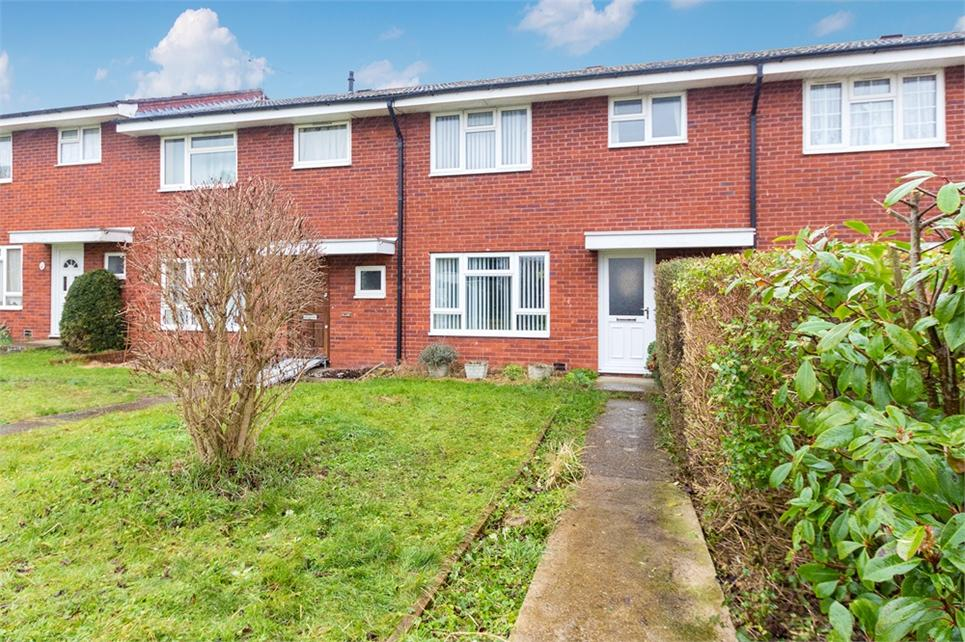 NO ONWARD CHAIN. Modern three bedroom terraced home situated on a quiet cul-de-sac on the outskirts of Burnham village