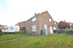 Thoresby Road, Rainworth, MANSFIELD, Nottinghamshire: £110,000