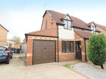 Kingswood Drive, Kirkby-in-Ashfield, NOTTINGHAM: £120,000