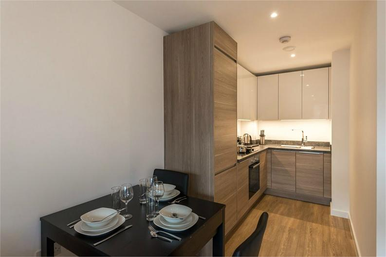 1 bedroom(s) apartment to sale in Royal Victoria Gardens, Whiting Way, London-image 4