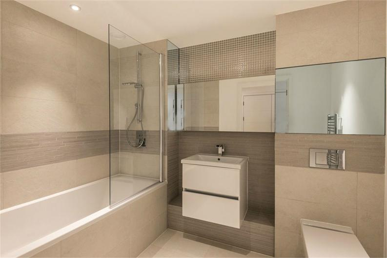 1 bedroom(s) apartment to sale in Royal Victoria Gardens, Whiting Way, London-image 5
