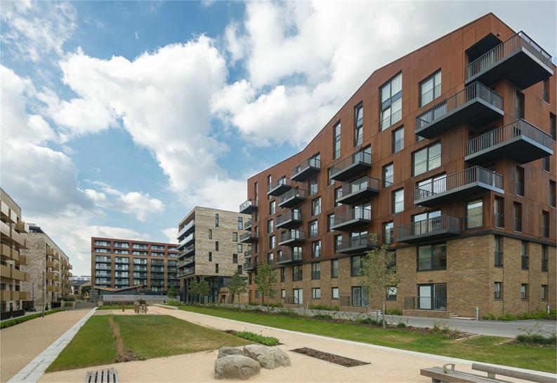 1 bedroom(s) apartment to sale in Royal Victoria Gardens, Whiting Way, London-image 6