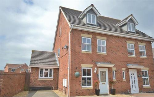 Buttercup Close,  Corby,  NN18