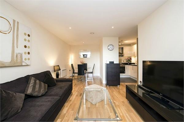 London property for sale. Ref No: 13184639. Picture no 3