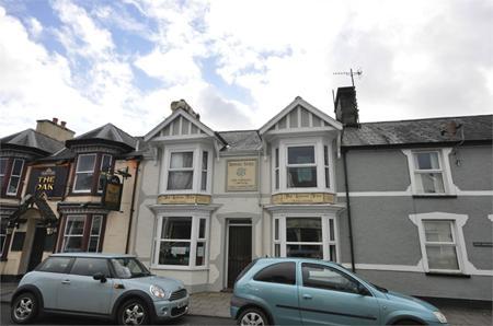 2 High Street, Penrhyndeudraeth, Gwynedd