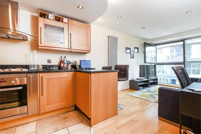 41 Millharbour,  LONDON,  E14 9NE