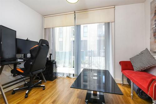 https://www.dezrez.com/estate-agent-software/ImageResizeHandler.do?PropertyID=4038097&photoID=1&AgentID=1307&BranchID=2081&width=500