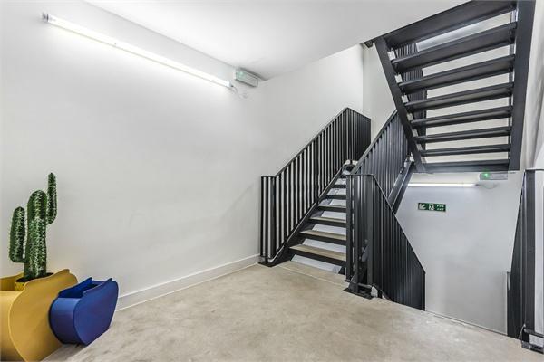 33-35 Topham Street, LONDON, EC1R 5HH
