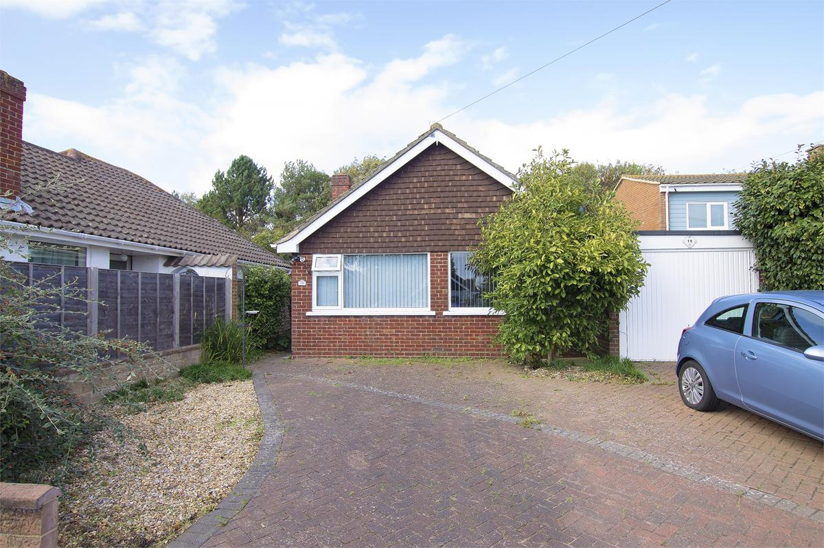 Lancaster Close, Lee on the Solent, PO13 9AY