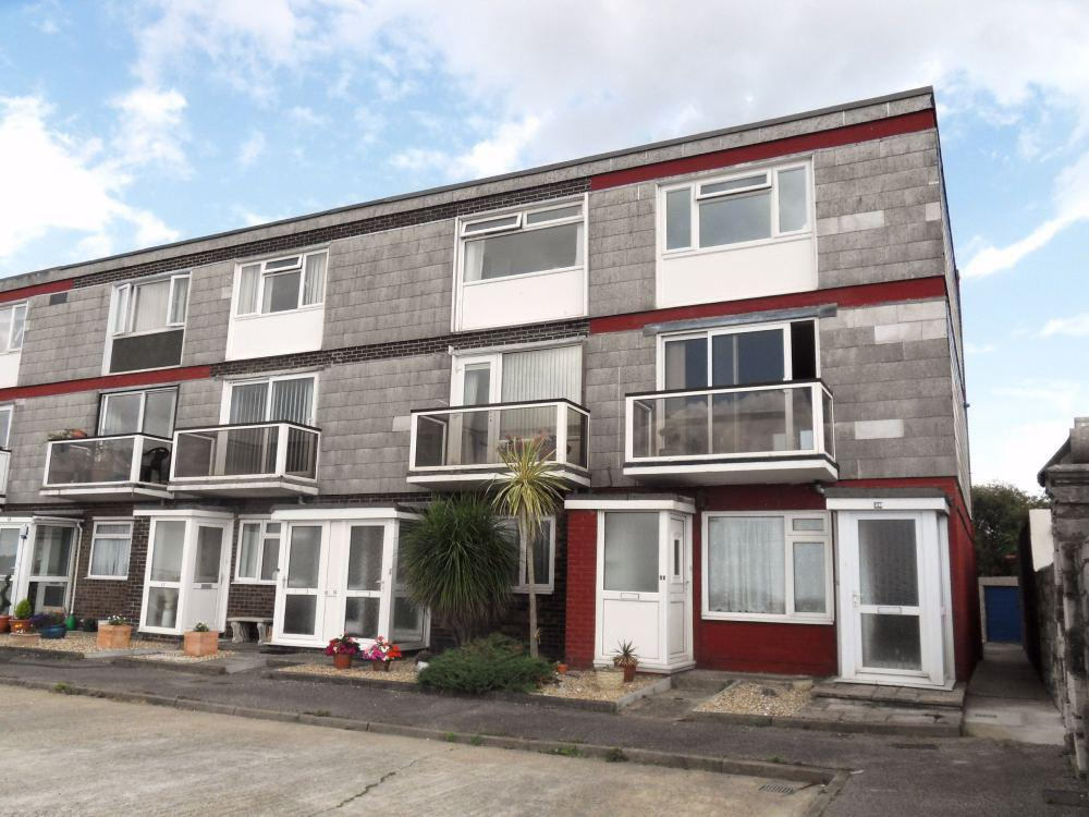 Woburn Court, Lee on the Solent, PO13 9BL