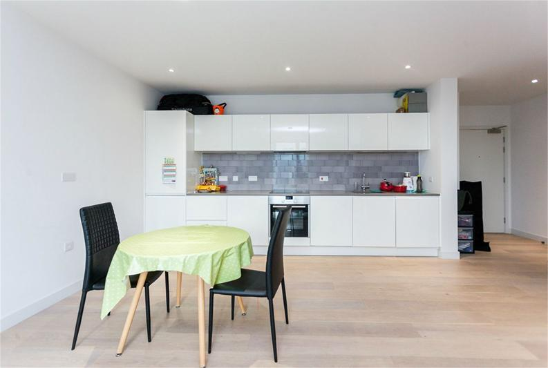 1 bedroom(s) apartment to sale in Masthead House, 14 Rope Terrace, London-image 7