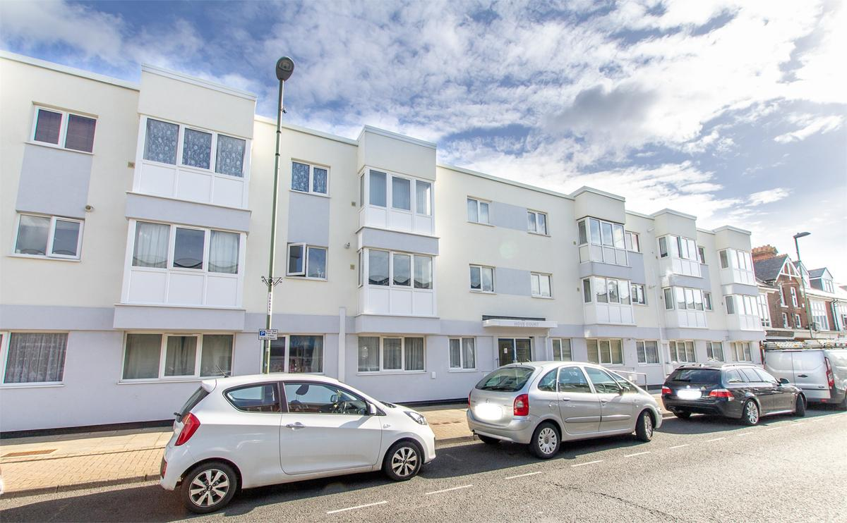 Hove Court, Lee on the Solent, PO13 9DR