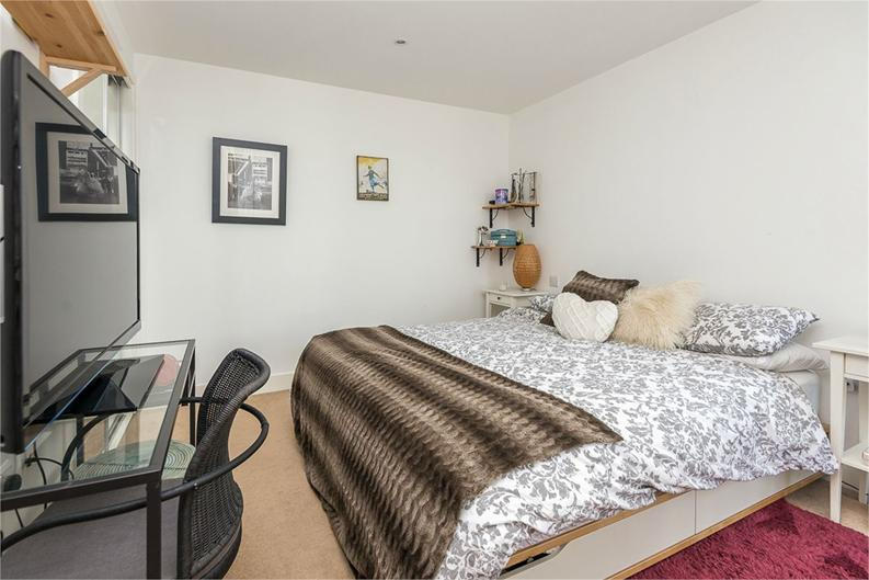 1 bedroom(s) apartment to sale in Napier House, Bromyard Avenue, London-image 5