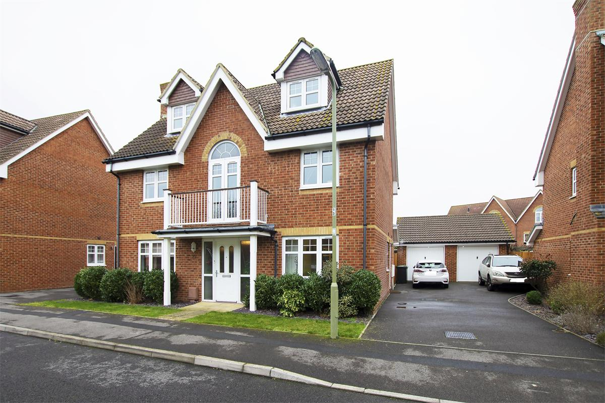 Westland Drive, Lee on the Solent, PO13 8GH