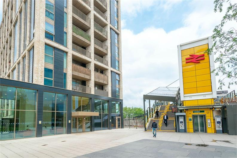 2 bedroom(s) apartment to sale in Vita Apartments, 1 Caithness Walk, Croydon, Surrey-image 1