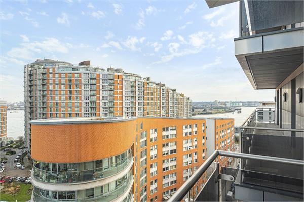 Streamlight Tower, 9 Province Square, London, E14 9DW