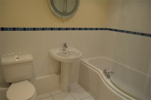 Property picture Bathroom