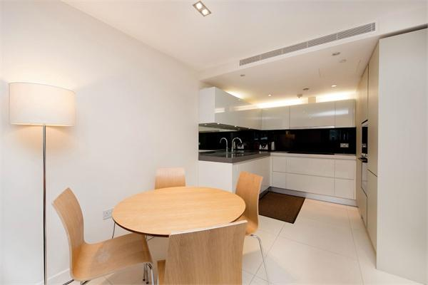 London property for sale. Ref No: 13184662. Picture no 3
