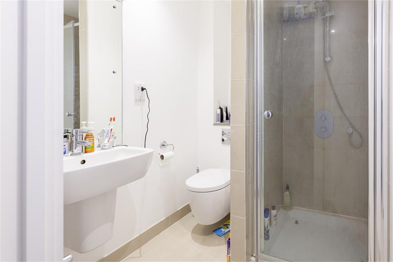 2 bedroom(s) apartment to sale in Hippersley Point, 4 Tilston Bright Square, London-image 7