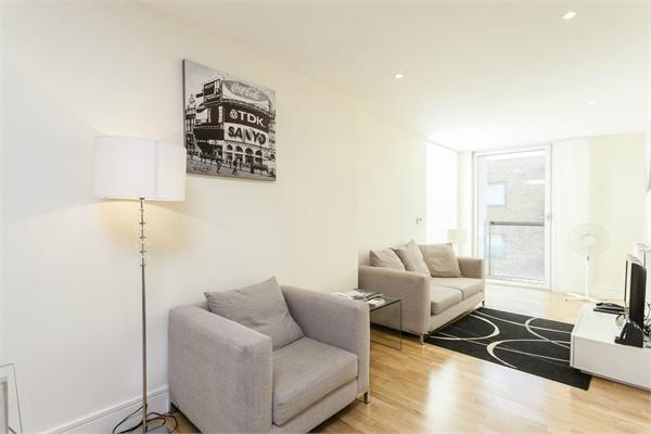 Canary Wharf property for sale. Ref No: 13184637. Picture no 2