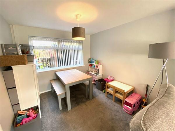 Airedale Avenue, Cottingley, BINGLEY, West Yorkshire