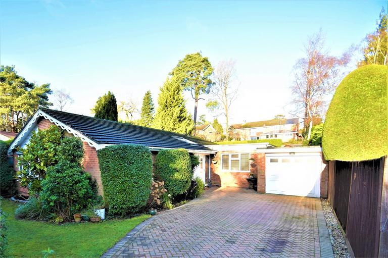 CAMBERLEY, £600,000