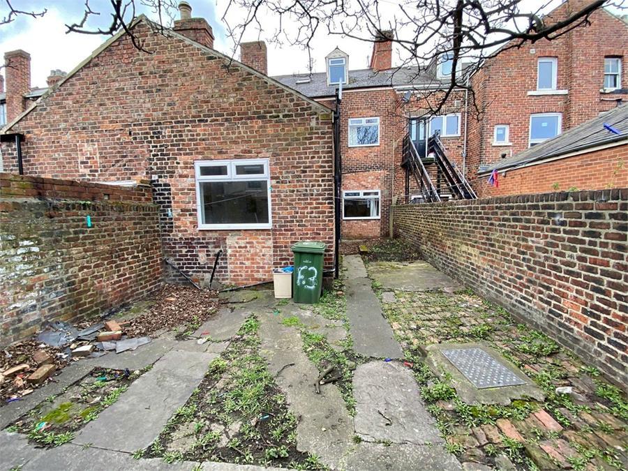 7 bedroom, Azalea Terrace North, Sunderland, SR2 7ES