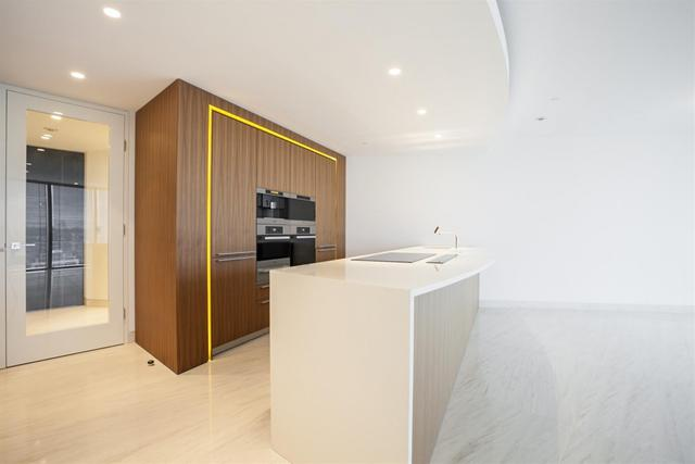 Vauxhall property for sale. Ref No: 13184709. Picture no 4