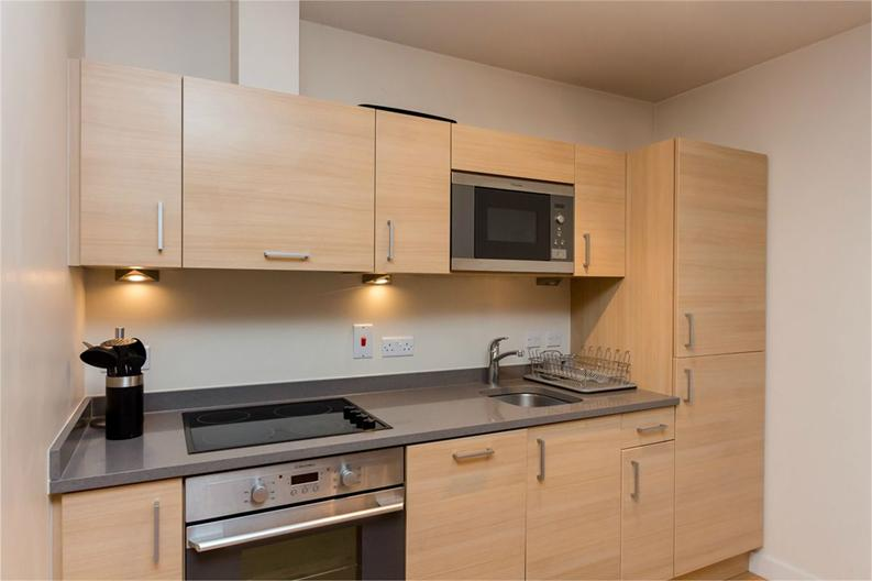 1 bedroom(s) apartment to sale in Amelia House, 11 Boulevard Drive, London-image 3