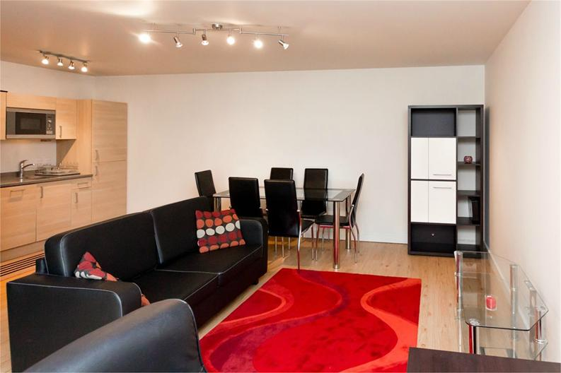 1 bedroom(s) apartment to sale in Amelia House, 11 Boulevard Drive, London-image 4