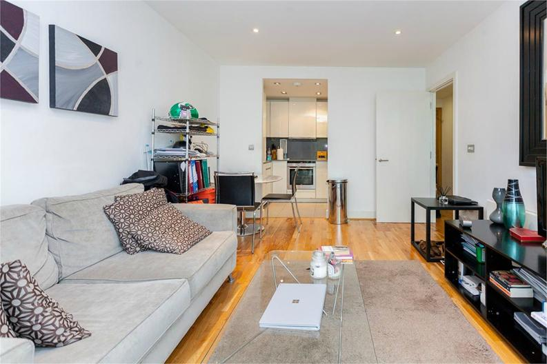 1 bedroom(s) apartment to sale in Times Square, City Quarter, London-image 6