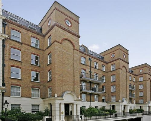 Drummond Gate,  Pimlico,  SW1V