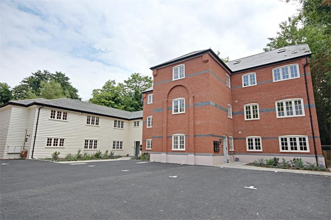 Hatfield Heath Road Image