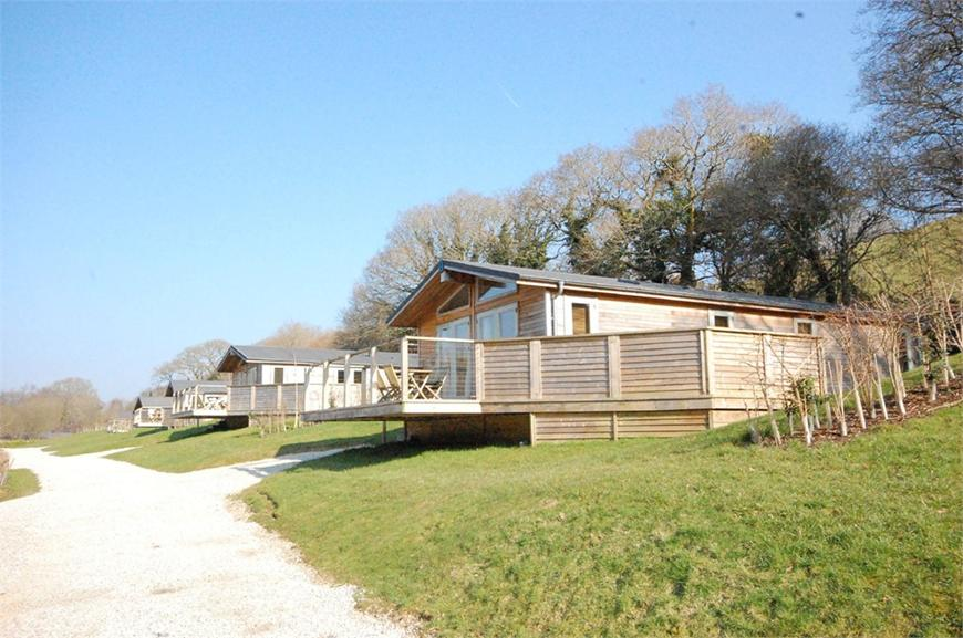 6 Hedgerows, Stonerush Lakes, Lanreath, Looe