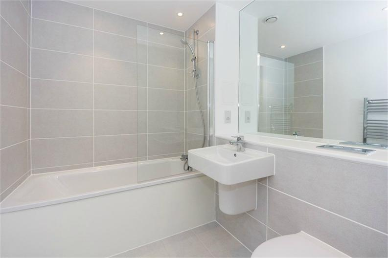 1 bedroom(s) apartment to sale in Bawley Court, 1 Magellan Boulevard, London-image 4