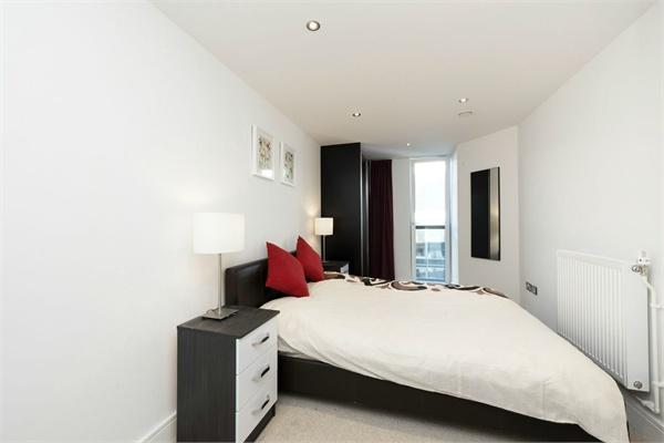Greenwich property for sale. Ref No: 13184635. Picture no 2