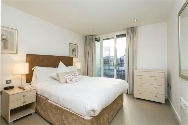 Barbican property for sale. Ref No: 13184641. Picture no 4
