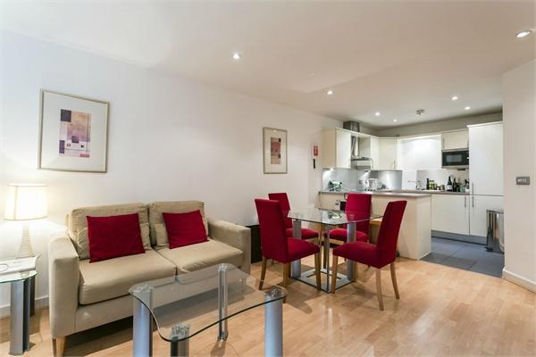 Barbican property for sale. Ref No: 13184641. Picture no 9